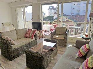 3 bedroom Apartment in Saint-Jean-de-Luz, Nouvelle-Aquitaine, France : ref 53121