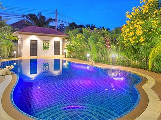 New Luxury Villa with Private Pool in Pattaya