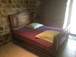 chambre privée(tout confort) en Ardèche Méridionale