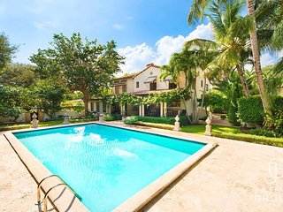 5BED Villa Roma - Pool - Must seen!!!