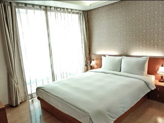 DMC Ville, Serviced apartment for foreigners.