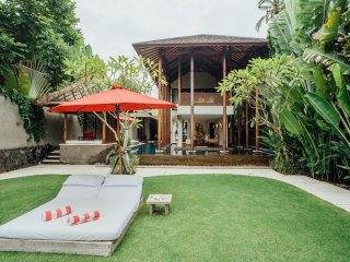 Absolute 1 Bedroom Beach Front Villa in Pabean Beach;