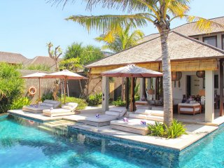 Absolute 3 Bedroom Beach Front Villa in Pabean Beach;