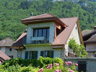 Charming village house, central location.
