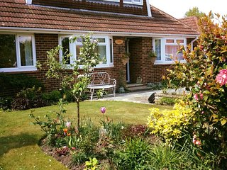 Logan Cottage B&B Camberley  (Jade Suite)