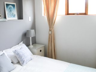 Ultra-comfortable Double bedroom in beach B&B