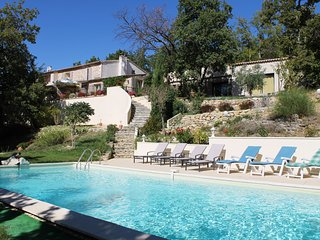 Holiday house in South France with swimming pool