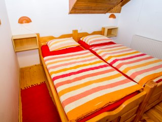 Tourist Farm Pri Martinovih - Two Single Bed Disabled Access Room