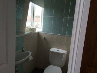 ensuite toilet bedroom one