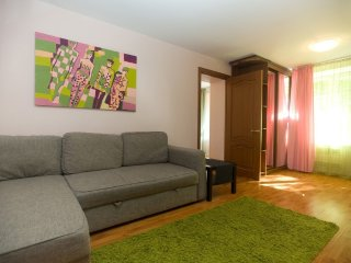 2-room apt. at Gruzinskiy lane, 10 (090)
