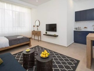 New Stunning Luxurious Bauhaus Apt Central TLV 1BR