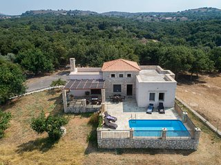 Traditional farm estate with breathtaking view and private pool.