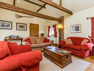 Grimblethorpe Hall Anvil Cottage, lovingly restored,  sleeps 4