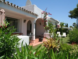 Lovely 3 bedroom 170m2 house with private garden