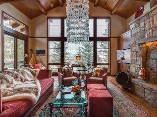 Timbers Luxury at Granite Ridge! 3 En-Suite Bedrooms! Extras! Full Service!