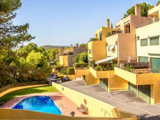 Modern condo in Tamarit for 6 guests, just 500m to the beaches of Costa Dorada!