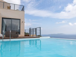 Villas with sea view (sleeps 14)