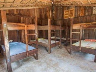 Blue Kay Hostal 8 camas en habitacion mixta, baño compartido