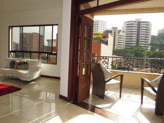 Amplio Apartamento Rio Cali Zona Oeste