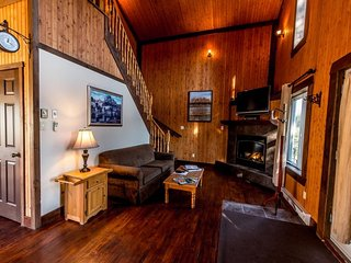 Ideal for Romantic Getaway/Family Vacation! | Cross-Country Ski Trails (230978)