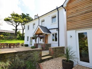 COURT Cottage in Salcombe