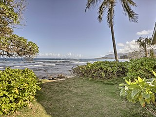 NEW! 2BR 'Hibiscus' Apartment on Hauula Beachfront