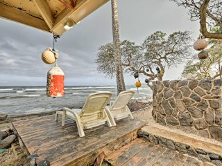 Scenic Hauula Studio Apartment on the Ocean!