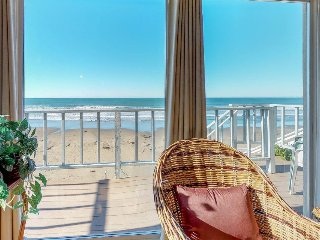 Oceanfront home w/ wood fireplace & furnished deck with great ocean views!