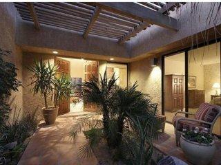 Spacious 3 Bedroom 3 Bath La Quinta Golf Course Condo next to Coachella Event