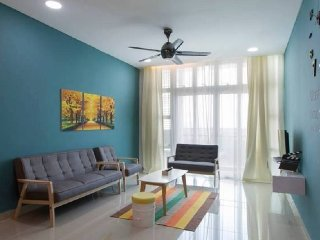 Holi 1Medini - 3 Bedroom Apartment