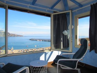 ComeInSicily Rosal Beachfront superior 1bedroom Suite
