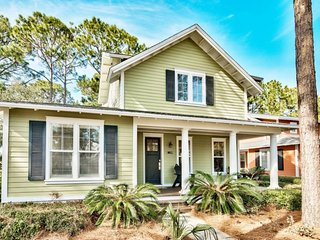 Lovely 3 Bdrm Laurel Grove Home on Raven Golf Course in Sandestin~Includes 6 Pas