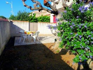 grand 3 pièces avec jardin sur aigues mortes