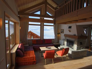 Barbe de Bouc is a spacious 16p chalet with sauna, directly next to the piste