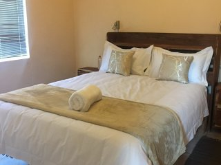 Okapeleki 51B Bedroom 1, holiday rental in Khomas Region
