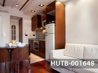 Graceful apartment in Poble Sec, Barcelona's Downtown