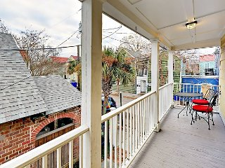 2BR Historic Home, 2 Blocks from Upper King St. – Porch, Balcony & Courtyard