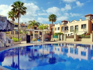 Townhouse La Caleta 3 bedrooms