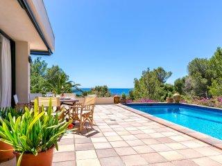 Villa Vista Blau (010806)