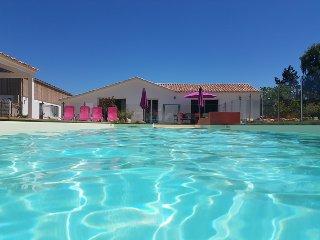 Maison proche Plage avec piscine chauffée, 6 personnes