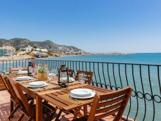 Villa Balcon del Mar, Sitges - Villa for Rent in Sitges, Catalunya, Spain