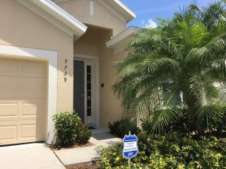 Amarillo Villa Rental at Windsor Hills, Kissimmee - location, pool and spa