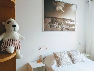 Spacious and cosy Lastadia Apartment in the Gdansk center.