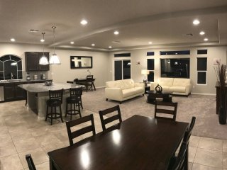 Brand New Home 10 Minutes Away from the Strip