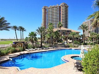 Ocean view condo with free WiFi, shared hot tub and pool!