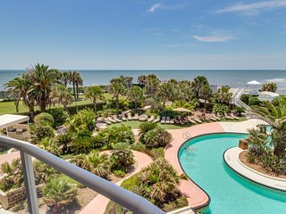 Diamond Beach Resort oceanfront condo w/ shared pool, hot tubs, views!