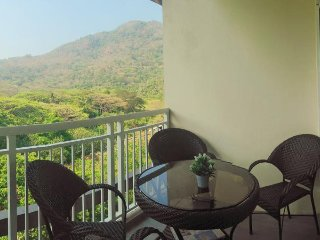Pico de Loro Unit for Rent