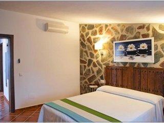 100815 -  House in El Gastor