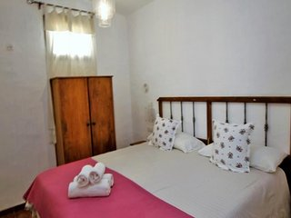104385 -  Villa in San Bartolomé, 6 Bedrooms