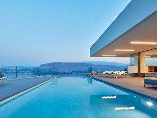 Villa Saint Antoine, Exclusive Staffed Private Villa for Demanding holidays!